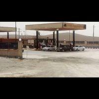 جایگاه خدمات رفاهی و سوخت پمپ بنزین در جاده اصفهان شیراز